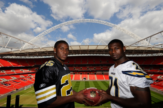 Reggie-Bush-at-Wembley-2008