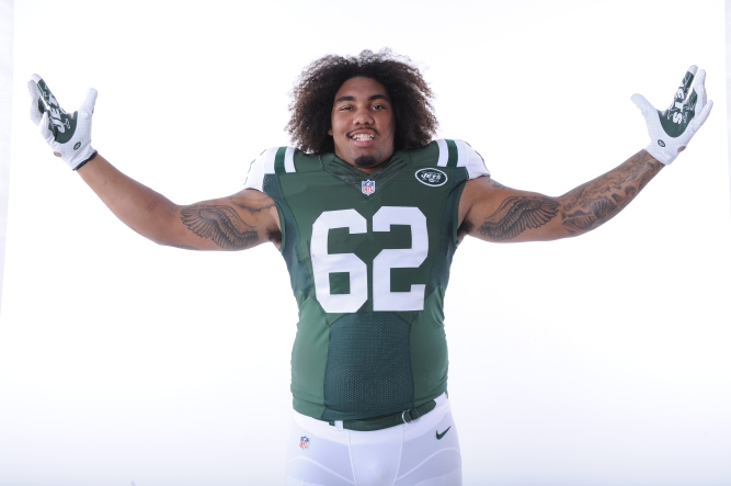 New York Jets defensive end Leonard Williams poses for a portrait during the NFLPA Rookie Premiere on Saturday, May 30, 2015 in Los Angeles, Calif. (AP Photo/Johnny Vy)